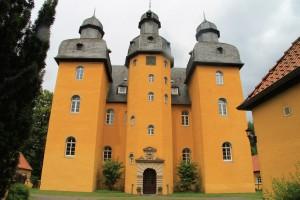 Die drei Türme von Schloss Holte