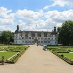 Schloss Neuhaus: Deutschlands schönste Realschule