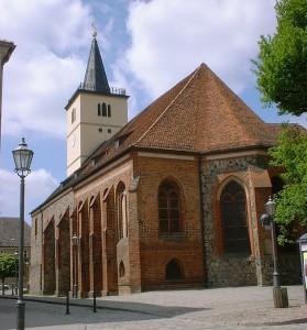 Unter der Beelitzer Stadtpfarrkirche wurden Mauerreste aus dem 12. Jahrhundert entdeckt / Foto: Wikipedia / Doris Antony / CC-BY-SA 3.0
