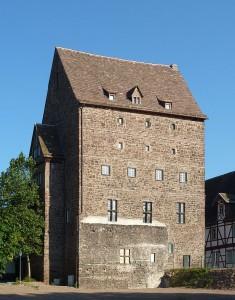 Burg Beverungen ist wieder in städtischer Hand / Foto: Wikipedia / Jan Stubenitzky (Dehio) / CC-BY-CA-3.0