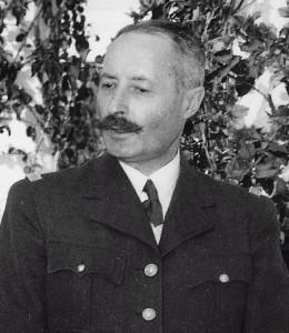 Mit Schnurrbart: General Giraud Anfang 1943 / Foto: gemeinfrei