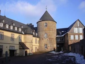 Der Innenhof von Schloss Waldeck / Foto: Wikipedia / GDelhay / CC-BY-SA 3.0