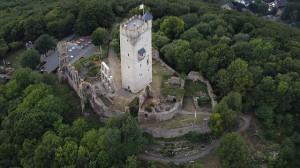 Der Wohnturm dominert Burg Olbrück / Foto: Wikipedia / Wolkenkratzer / CC-BY-SA 3.0