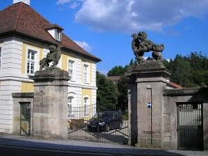 Der Eingangsbereich von Schloss Birkenfeld in Unterfranken / Foto: Wikipedia / Dark Avenger / CC-BY-SA 3.0
