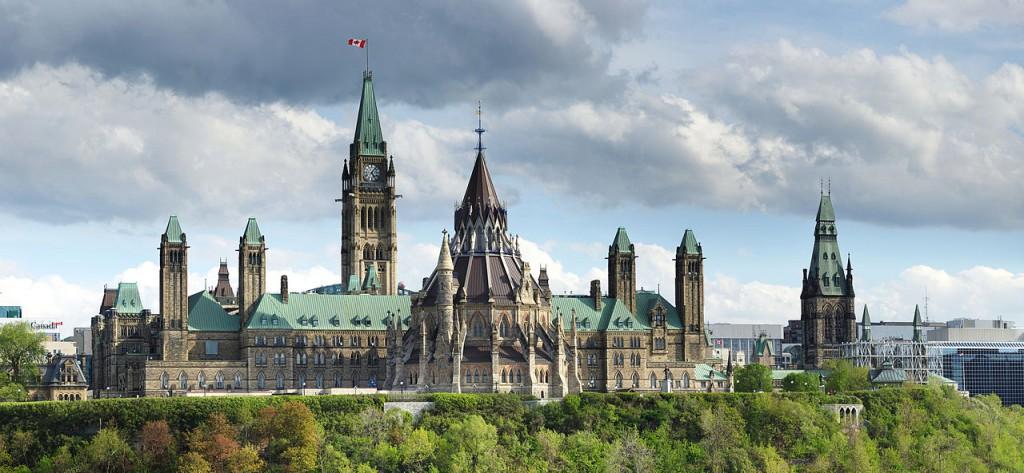 Wie ein viktorianisches Metropolis: Das kanadische Regierungsviertel / Foto: Wikipedia / – Wladyslaw [Disk.] / CC-BY-SA 3.0