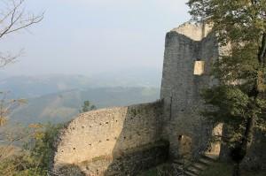 Ruine von Burg Canossa