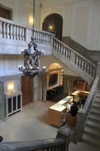 Hauptsache edel: Treppen auf Schloss Garath