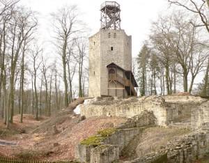 Die Ruine von Burg Lichtenberg mit der Aussichtsplattform / Foto: gemeinfrei
