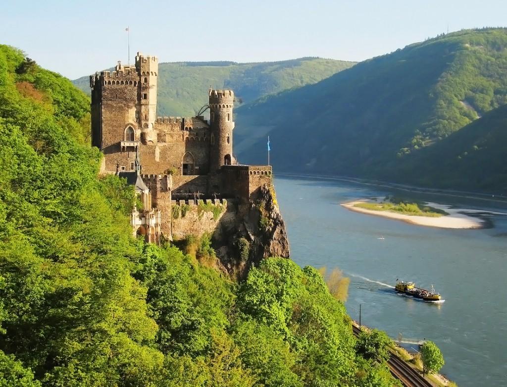 Postkarten-Idyll Burg Rheinstein / Foto: Wikipedia / Manfred Heyde / CC-BY-SA 3.0