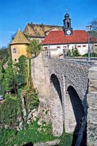 Schloss Mutzschen erreicht man über eine Brücke / Foto: Wikipedia / Stephan Komp / CC-BY-SA 3.0