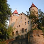 "Götzenburg Möckmühl wird ""Yoga-Schloss"""