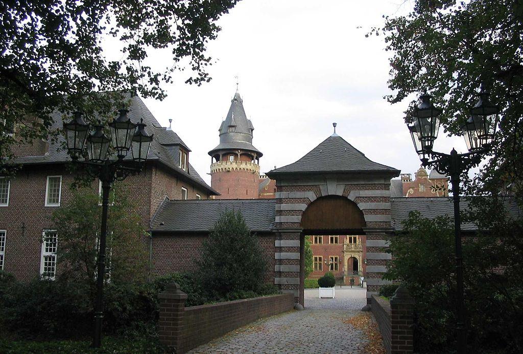 Schloss Krickenbeck: Bis 2011 Seminarzentrum der WestLB ist verkauft / Foto: Wikipedia / Fusslkopp / CC-BY-SA 3.0