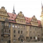 Vandalismus am Merseburger Schloss: Rabenfigur zerstört