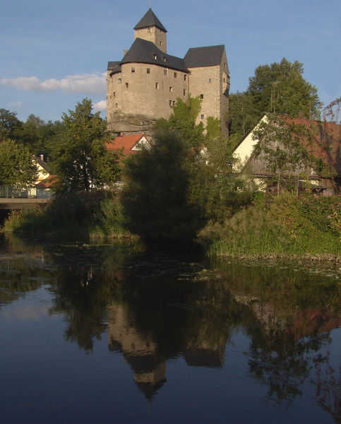 Burg Falkenberg – wieder aufgebaut in der NS-Zeit durch Hitlers Botschafter in Moskau, Graf von der Schulenburg. Foto: Walter J. Pilsak/Wikipedia/CC Attribution-Share Alike 3.0 Unported license.
