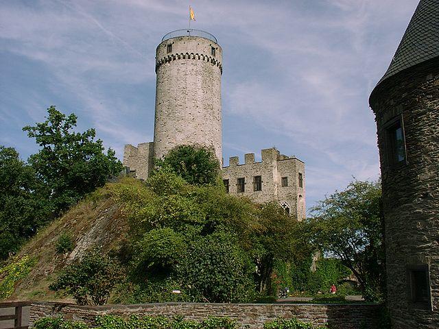 Burg Pyrmont / Foto: Wikipedia / Túrelio / CC-BY-SA 2.5