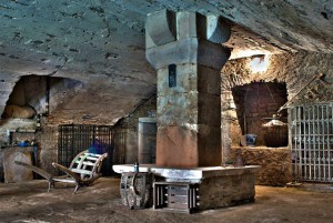 Im Keller des Herrenhauses der Unterburg / Foto: Wikipedia / Frank Martini / CC-BY-SA 3.0