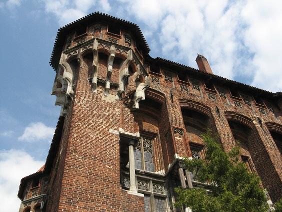 Die mächtige Marienburg war zur Kaiserzeit Vorbild vieler öffentlicher Gebäude