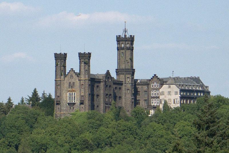 Schloss Schaumburg bei Limburg / Foto: Wikipedia / Johannes Robalotoff / CC-BY-SA 3.0