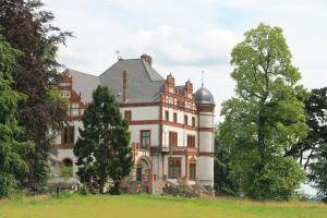 Schloss Wiligrad ist von einem Garten und Wäldern umgeben / Foto: Burgerbe