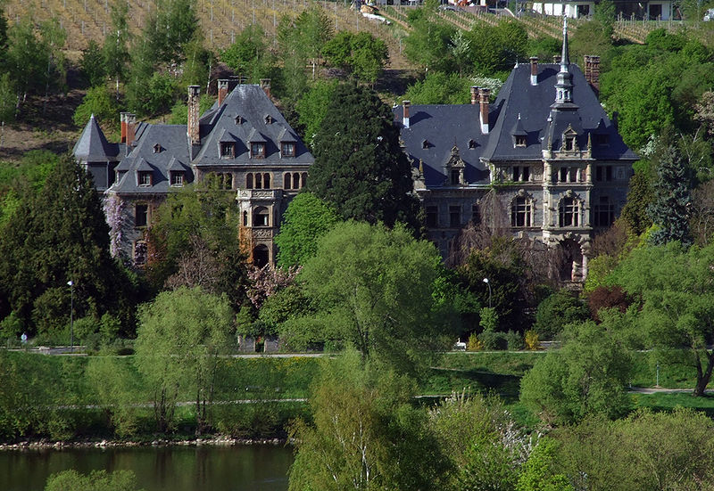 Schloss Lieser und die Mosek / Foto: Wikipedia / Killaars / CC-BY-SA 3.0