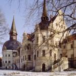 Nach Vandalismus auf Schloss Schönfeld: Verdächtige ermittelt