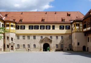 Hof von Schloss Hohentübingen, das nun um eine Geschichte reicher ist. / Foto: Wikipedia / Felix König / CC-BY-SA 3.0