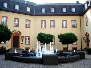 Innenhof von Schloss Hachenburb / Foto: Wikipedia / Kamaaja / CC-BY-SA 3.0