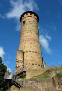 Der Turm von Burg Kirkel / Foto: Wikipedia / Lokilech / CC-BY-SA 3.0