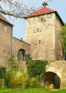 Bergfried von Burg Neuhaus / Foto: Gemeinfrei/Axel Hindemith