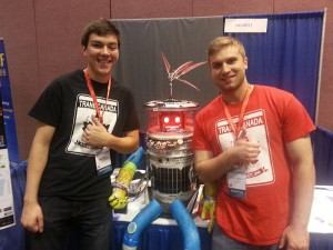 hitchBOT mag Selfies / Foto: Wikipedia / YMS / CC-BY-SA 2.0