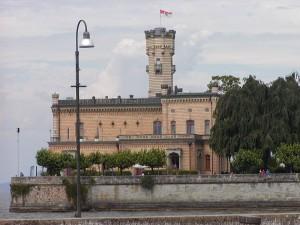 Schloss und See / Foto: Wikipedia / Ingo2802 / Foto: CC-BY-SA 3.0