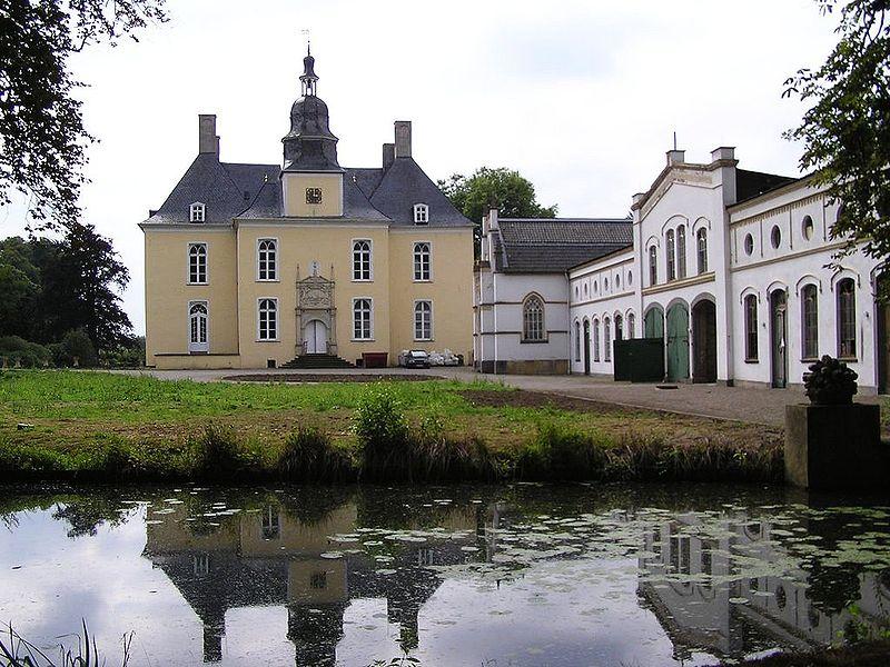 Schloss Gartrop bei Wesel / Foto: Wikipedia / Daniel Ullrich, Threedots / CC-BY-SA 3.0