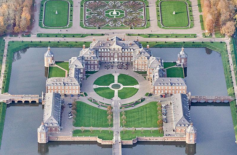 Luftbild von Schloss Nordkirchen / Foto: Wikipedia / © Günter Seggebäing / CC-BY-SA 3.0