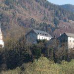 Burg Marquartstein: Posse um teure Beleuchtung