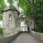 Burg Gleichenstein soll Hanf-Zentrum werden
