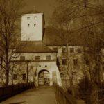 Schloss Friedberg: Stadt bestellt Feng-Shui gegen Spuk