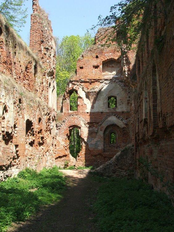 Die Ruine von Burg Balga in Ostpreußen im Jahr 2006 / Foto: gemeinfrei
