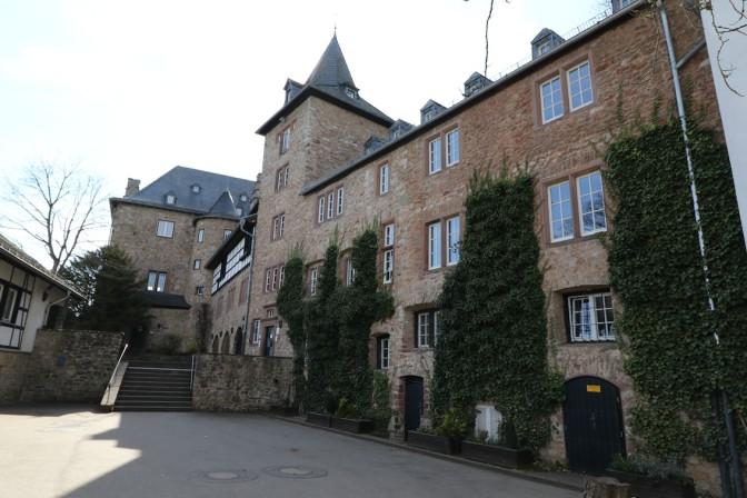 Die Jugendherberge entstand 1936, heute wird mit Burgenromantik geworben
