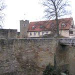 Burg Königsberg: Frau stirbt bei Sturz in Burggraben