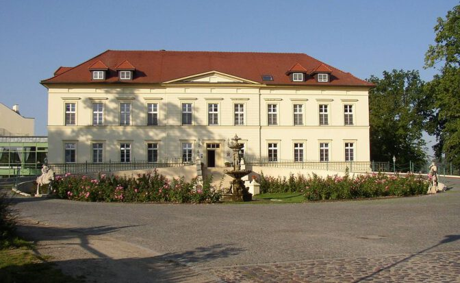 Schloss Teschows Tage als Landhotel sind gezählt. Es wird zur Klinik. Foto: Wikipedia / Doris Antony / CC-BY-SA 3.0