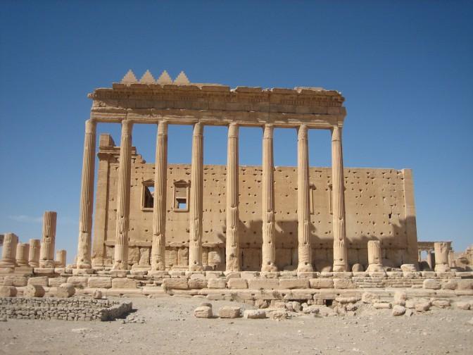 Palmyra: Säulenreihe vor dem Baaltempel