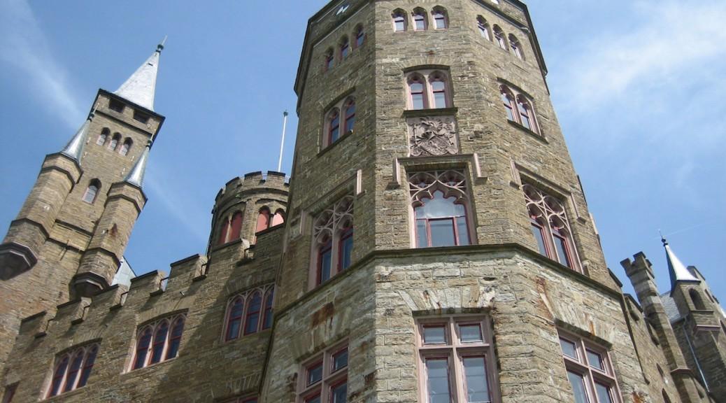 Drehort für The Worst Witch: Burg Hohenzollern