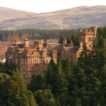 Carbisdale Castle verkauft und ausgeschlachtet