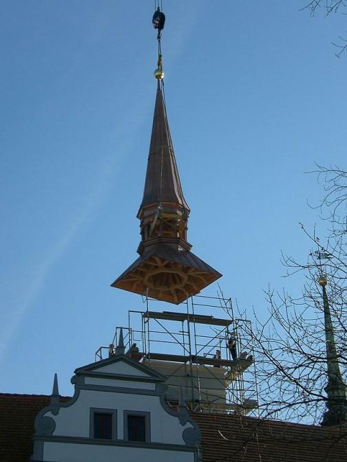 2007: Eine neue Haube für den Turm in der Nordost-Ecke des Schlosses / Foto: Wikipedia / Alter Fritz / CC-BY-SA 3.0
