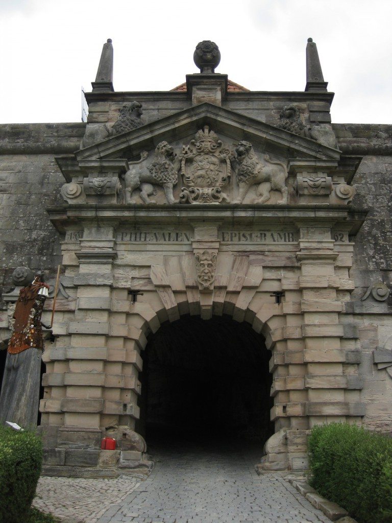 Tor zur Festung Rosenberg / Fotos: Burgerbe.de