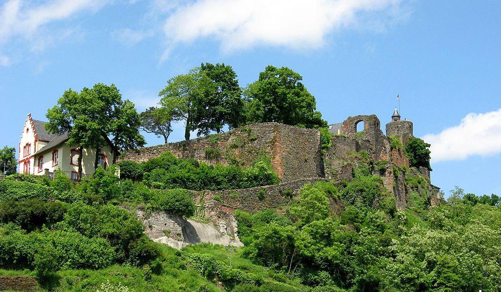 Die Reste der Saarburg Foto: Wikipedia / Lokilech / CC-BY-SA 3.0