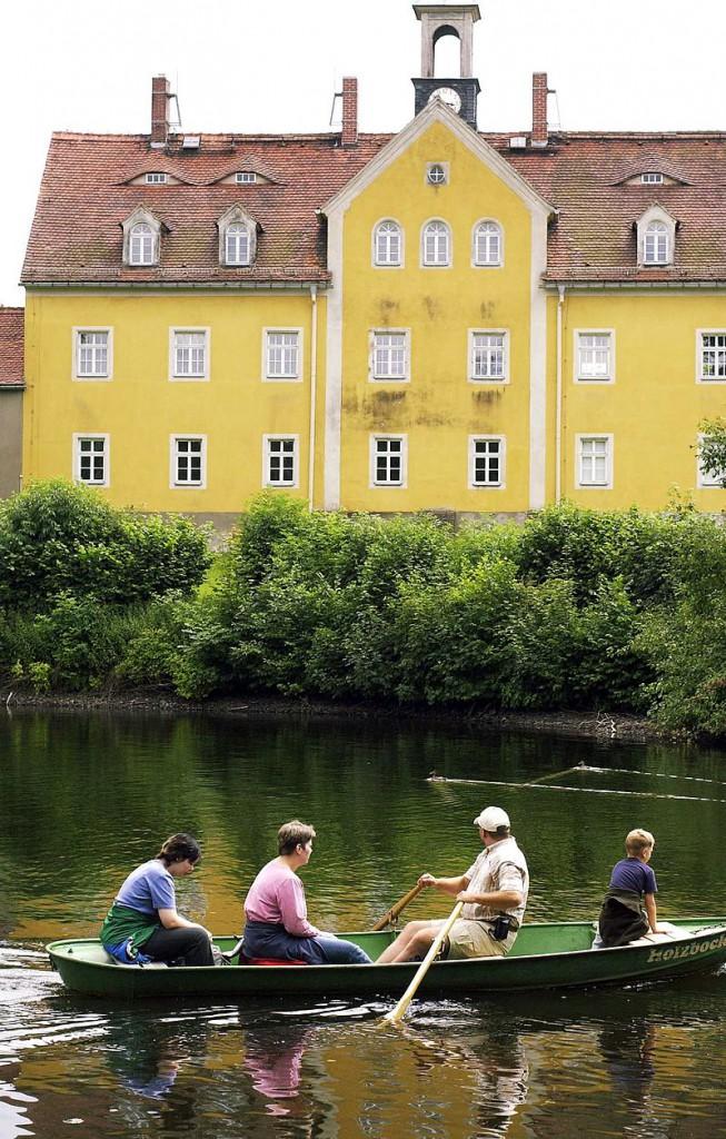 Schlossteich und Schloss / Foto: gemeinfrei