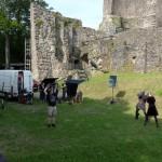 Terra X: ZDF dreht Schwertkampf auf Burg Windeck