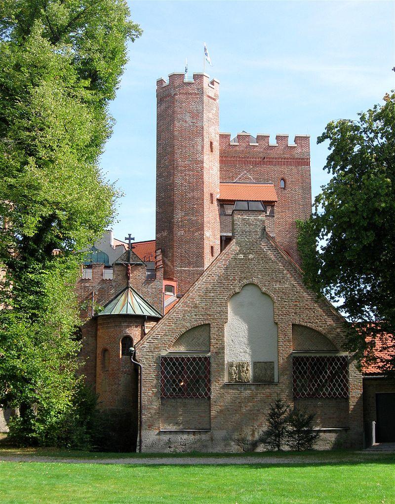 Burg Schwaneck: Burgturm und Kapelle / Foto: Wikipedia / Rufus46 / CC-BY-SA 3.0