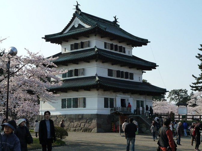 Burg Hirosaki: Die Rückseite ist deutlich schlichter. / Fotos: gemeinfrei